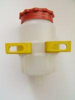 Bremsflüssigkeitsbehälter 1 Abgang